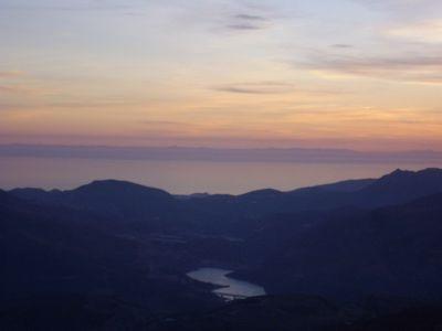 Vistas de la presa de Rules y Marruecos desde el Mesón los Angeles